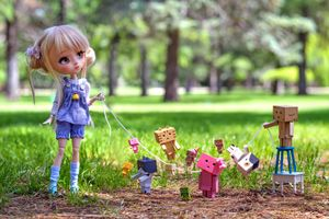 Photos of dolls