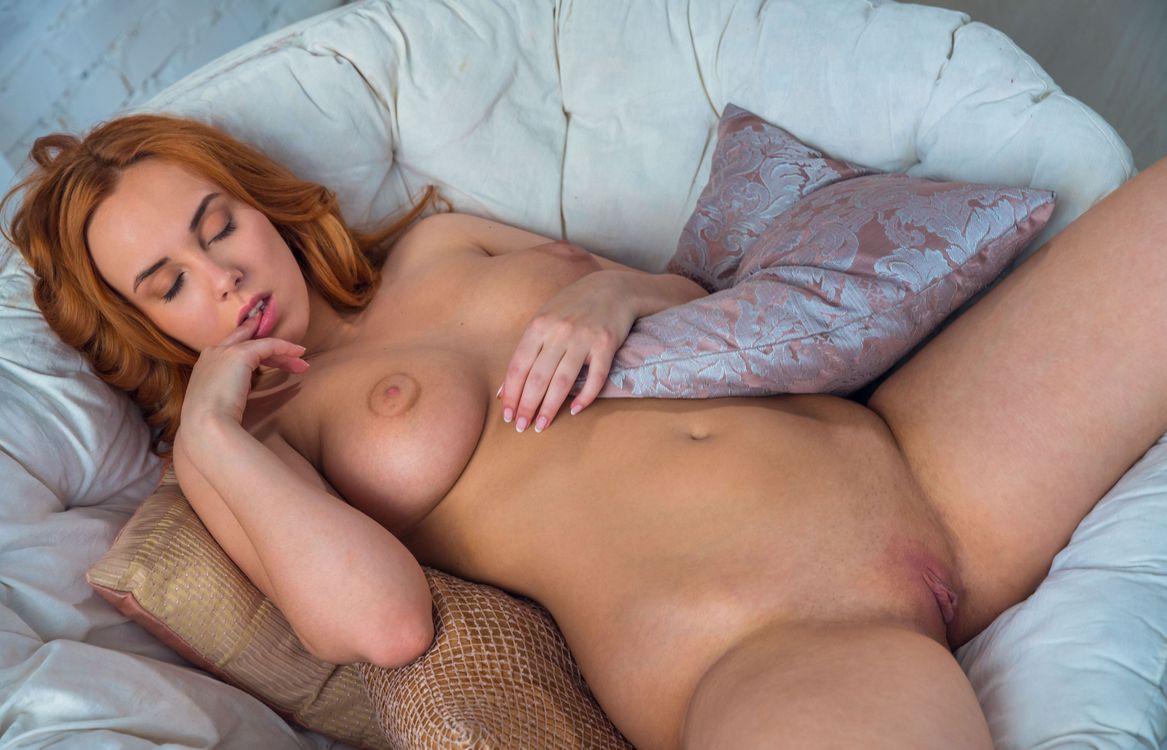 Фото бесплатно красная птица, vos, рыжие волосы, модель, девушка, грудастая, сексуальная - на рабочий стол