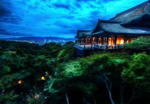Photo free Temple on top of a tree in Kyoto, Japan, night