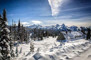 Бесплатные фото зима,горы,снег,сугробы,деревья,домик,пейзаж