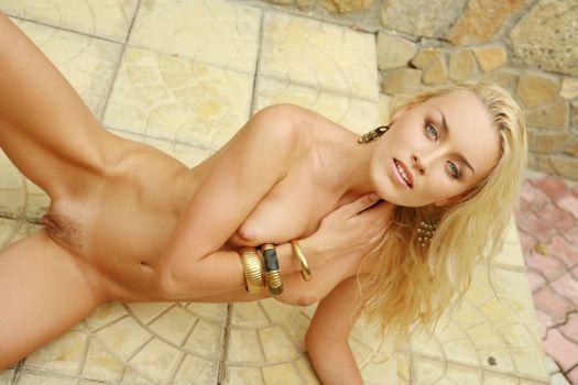 Liza B erotic model