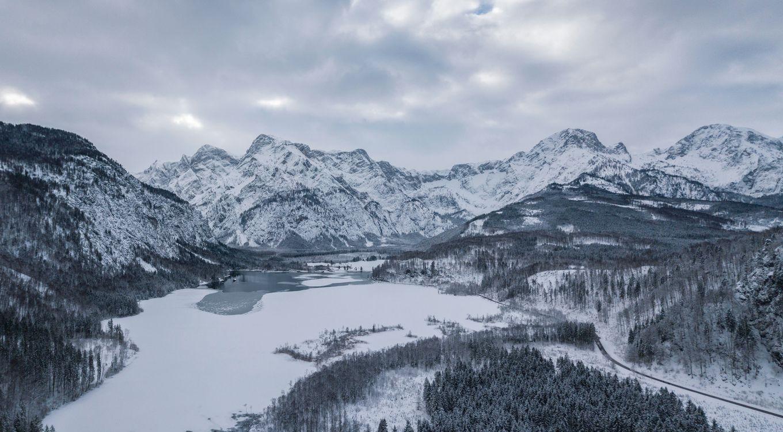 Фото бесплатно Альмзе, австрия, горы, зима, снег, озеро, almsee - на рабочий стол