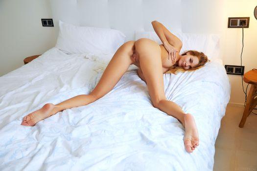 Бесплатные фото Nordica,модель,красотка,голая,голая девушка,обнаженная девушка,позы,поза,сексуальная девушка,эротика
