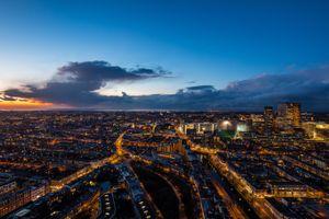 Заставки Гаага, нидерланды, ночной город