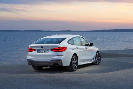 Free download bmw 6er gran tourismo, 640i xdrive screensaver