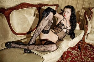 Бесплатные фото Angela E,модель,красотка,голая,голая девушка,обнаженная девушка,позы