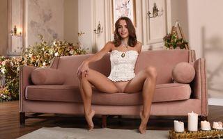 Фото бесплатно maxa z, morea, брюнетка, загорелые, раздвижные ноги, бритая киска, половые губы, киска, сексуальные ноги, корсет, brunette, tanned, spreading legs, shaved pussy, labia, pussy, sexy legs, corset