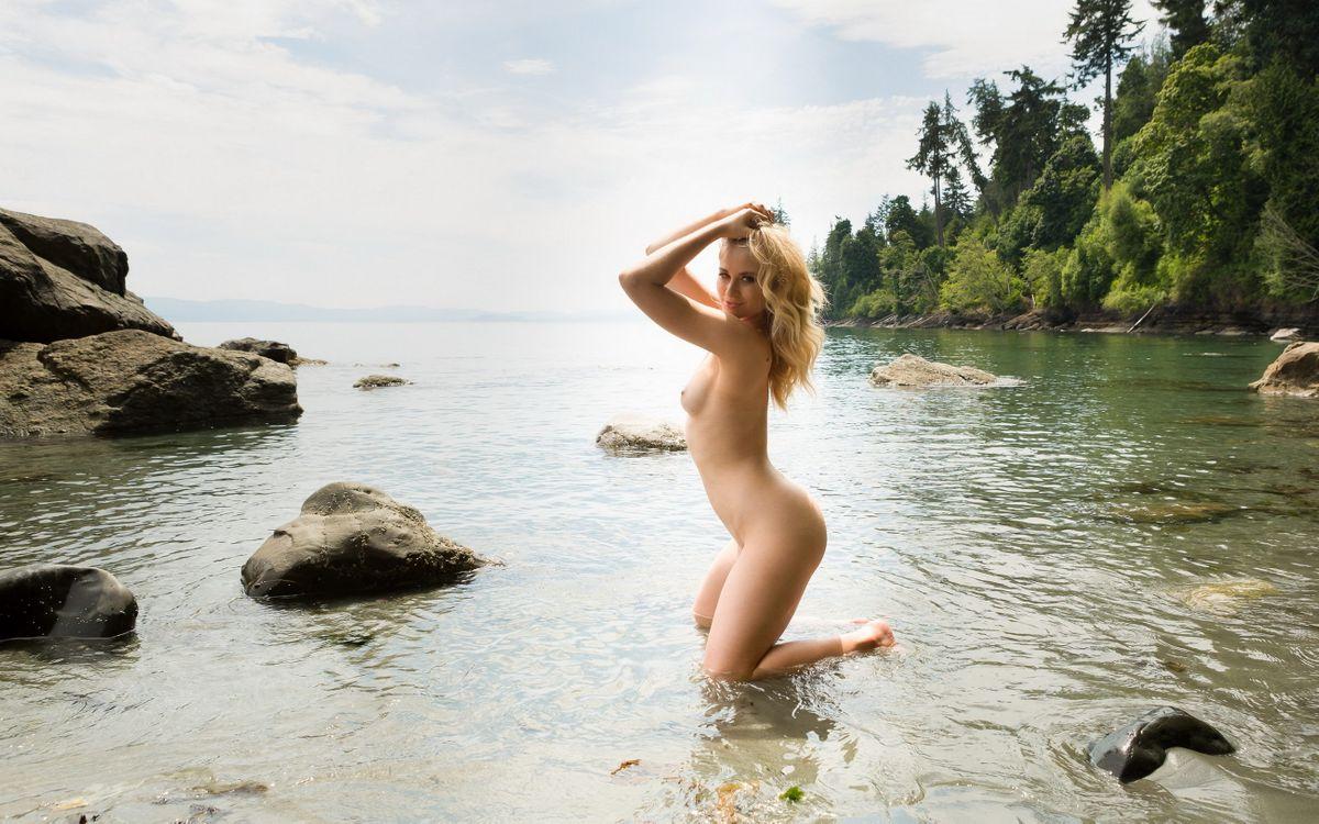 Фото бесплатно майя рае, обнаженная, блондинка, озеро, сиськи, maya rae, nude, blonde, lake, tits, эротика