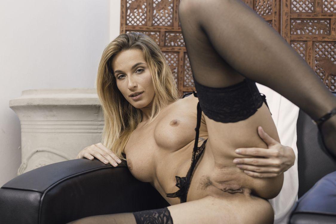 Обои Cara Mell, модель, красотка, голая, голая девушка, обнаженная девушка, позы, поза, сексуальная девушка, эротика на телефон | картинки эротика