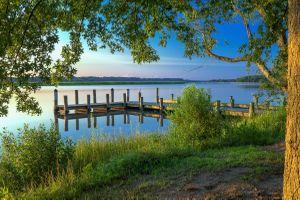 Бесплатные фото река,водоём,закат солнца,деревья,мостик,причал,берег