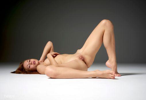 Фото бесплатно Аксана к, стройные ноги, киска