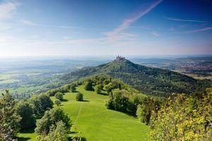 Обои Замок Гогенцоллерн, Германия, поля, холмы, деревья, пейзаж
