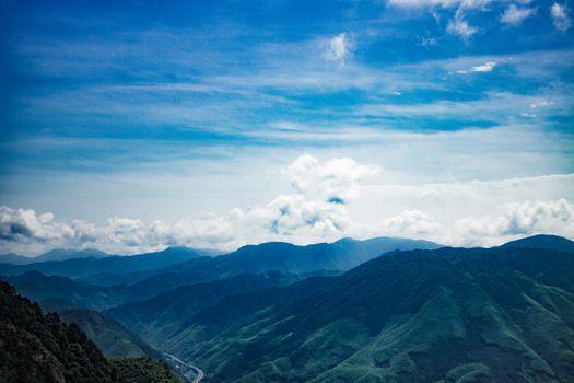 Photo free mountains, gorge, height