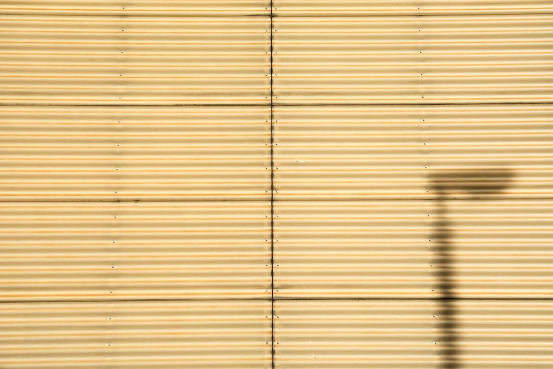 Фото бесплатно стена, текстура, фон, авто, свет, окно, разделение - на рабочий стол