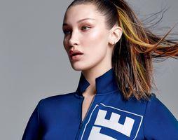 Photo free Bella Hadid, model, profile view