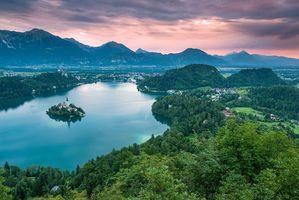 Бесплатные фото Церковь на острове Блед,Озеро Блед,Словения,закат,пейзаж