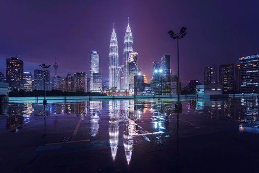 Фото бесплатно Petronas Twin Towers, Куала-Лумпур, Малайзия