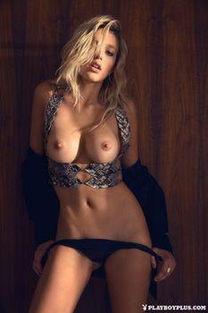Фото бесплатно Monica Sims, модель, красотка, голая, голая девушка, обнаженная девушка, позы, поза, сексуальная девушка, эротика, PLAYBOY, PLAYBOYPLUS