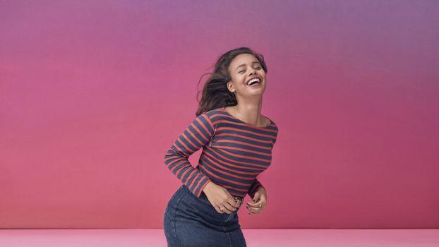 Photo free Alisha Boe, laugh, actress