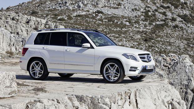 Photo free wheel, Mercedes GLK, white cars