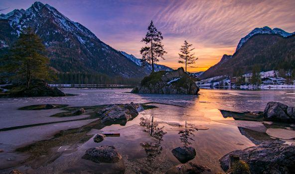 Фото бесплатно Hintersee, Bavaria, Южная Германия, Германия, закат, золотой час, озеро, сумерки, горы, дома, деревья, пейзаж