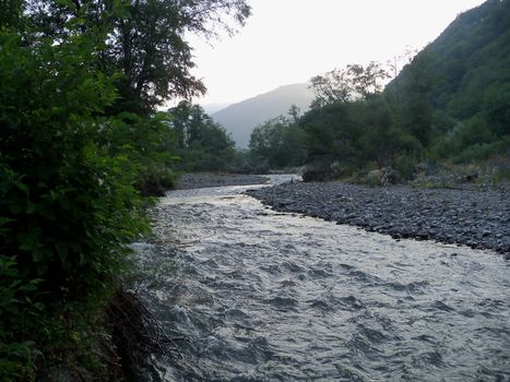 Заставки Грузия, природа, река Иори