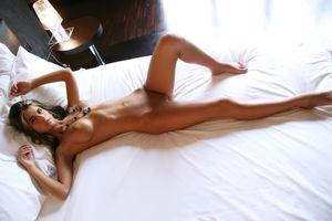 Фото бесплатно Несса, позирует, сексуальная