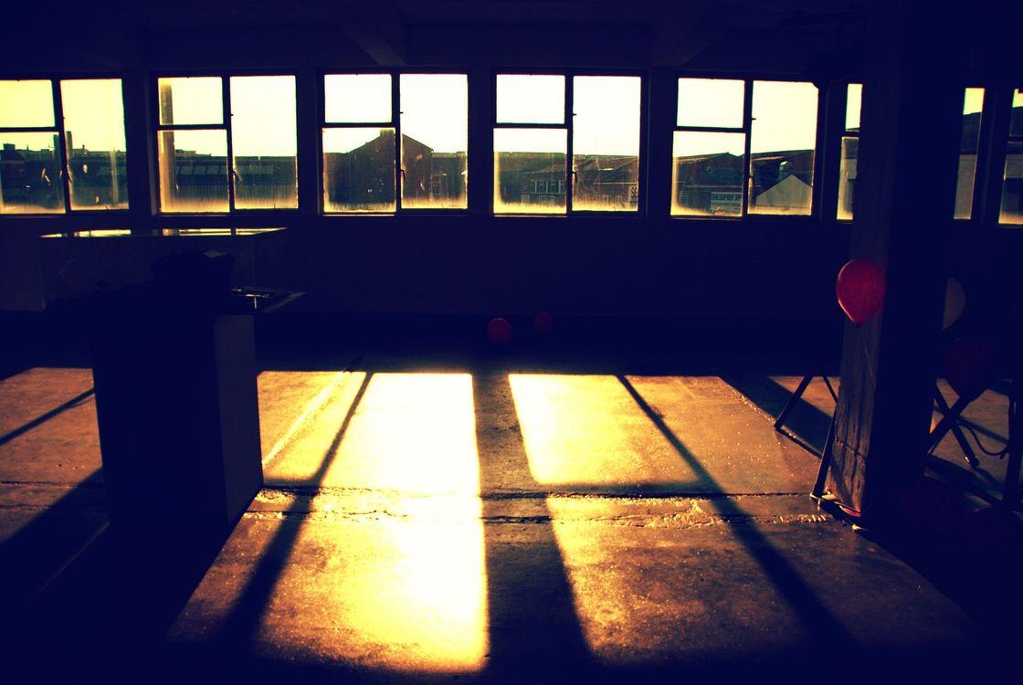 Фото солнечный свет окно ночь - бесплатные картинки на Fonwall