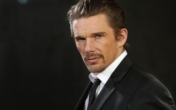 Photo free ethan hawke, actor, suit