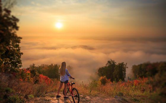 Фото бесплатно закат, горы, девушка