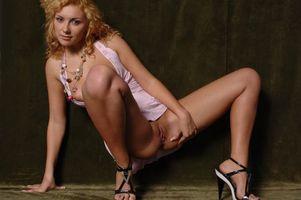 Заставки Alionka, Damita, Lada C, Lada, Alona, Aliona, модель, красотка, голая, голая девушка, обнаженная девушка, позы