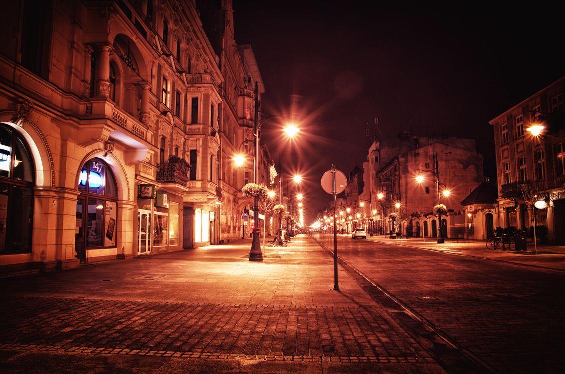 Фото бесплатно Улица Петрковская, Польша, ночь, огни, город - скачать на рабочий стол