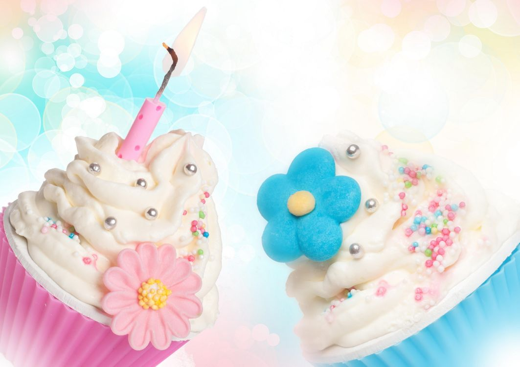 Photos for free cupcakes, cream, sugar flowers - to the desktop