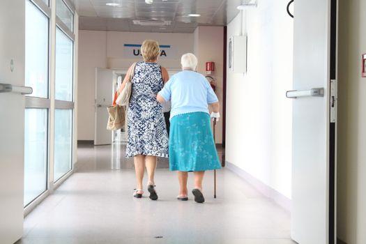 Фото бесплатно мода, коридор, пожилых людей