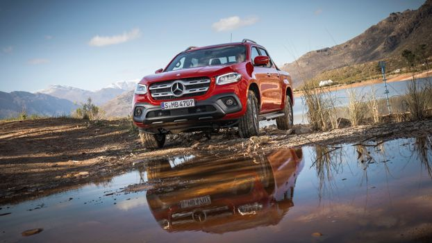 Screensaver mercedes-benz x-class, the car free download