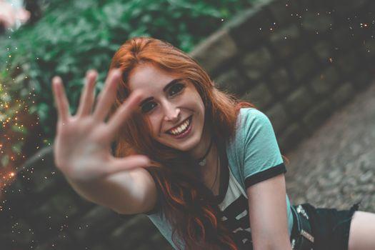 Фото бесплатно модель, улыбаясь, рыжая
