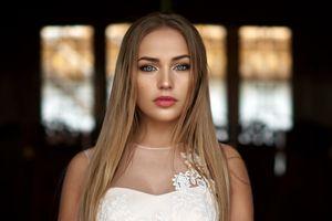 Бесплатные фото женщины,блондинка,лицо,портрет,глубина резкости,Мария Пучнина,длинные волосы