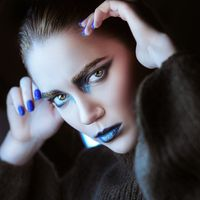 Фото бесплатно макияж, окрашенные брови, женщины