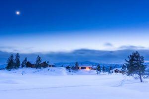 Бесплатные фото Норвегия,Синий час,закат солнца,сумерки,коттеджи,дома,деревья