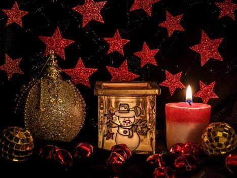 Бесплатные фото Рождество,фон,дизайн,элементы,новогодние обои,новый год,новогодний стиль,новогодняя декорация,игрушки,украшения,свеча,пламя