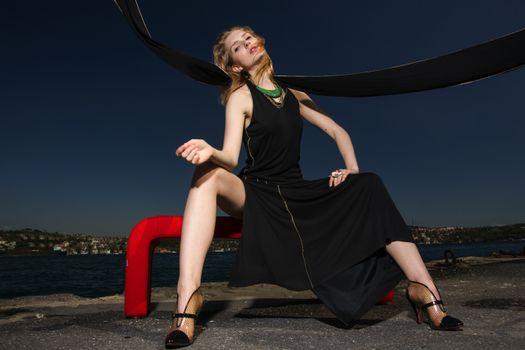 Фото бесплатно сидеть, молодая женщина, ноги девушки