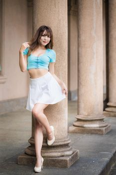 Фото бесплатно девушки, ноги, взгляд девушки