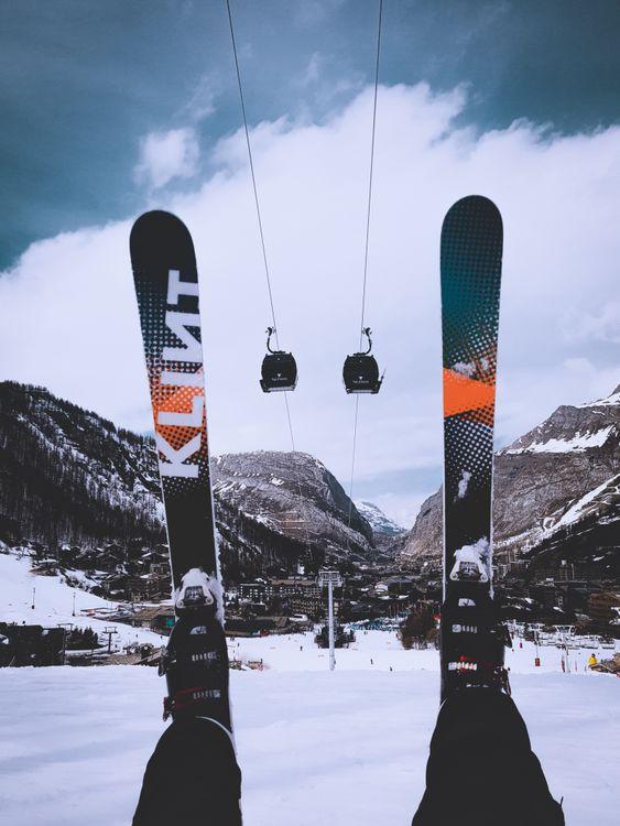 Фото бесплатно лыжи, канатная дорога, горы - на рабочий стол
