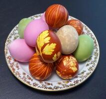 Фото бесплатно еда, цветные яйца, крашеные яйца