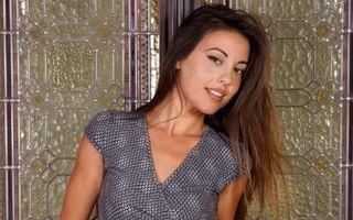 Бесплатные фото lorena g,брюнетка,платье,сладкий,brunette,dress,sweet