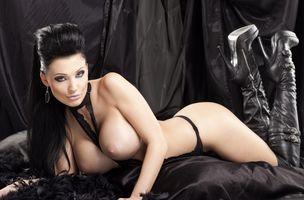 Бесплатные фото Алетта Океан,черные волосы,модель,порнозвезда,сексуальные,сиськи,крупный план