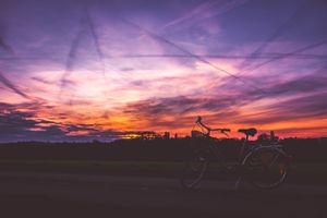 Бесплатные фото велосипед,закат,небо,дорога,bicycle,sunset,sky