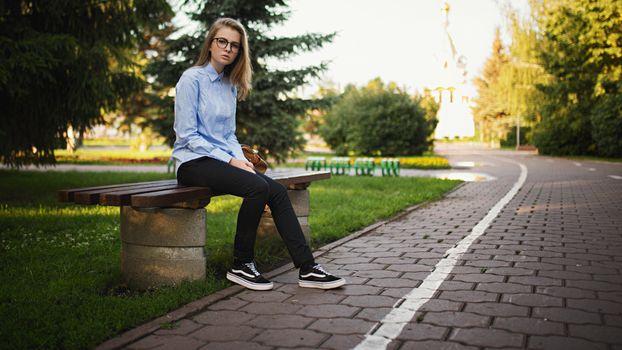 Фото бесплатно Ксения Ковал, женщины, скамейка