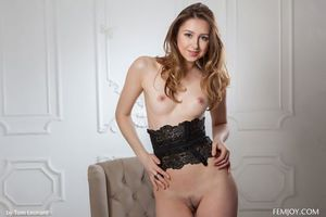 Бесплатные фото Ginger Frost,Dara W,модель,красотка,голая,голая девушка,обнаженная девушка
