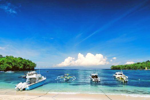 Бесплатные фото море,лодки,пляж
